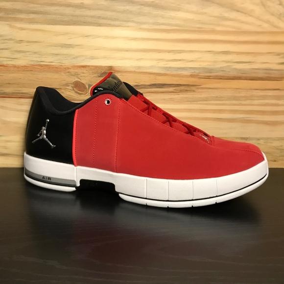 2c2cffa19e1252 New Nike Air Jordan Team Elite 2 Low Red Black